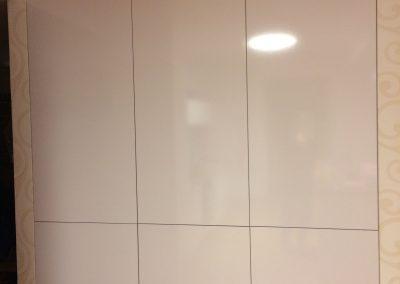 kuchyna biela leskla